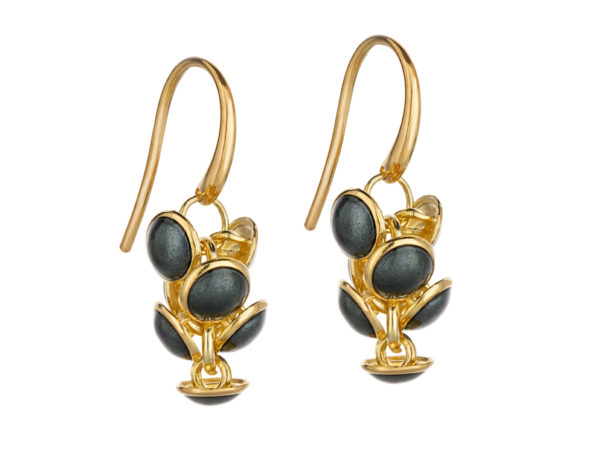 Seashell earrings dark gray, gold plated. KL006A. 1200,-