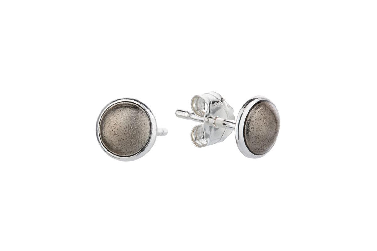 Seashell earstick brown. KL007. 600,-
