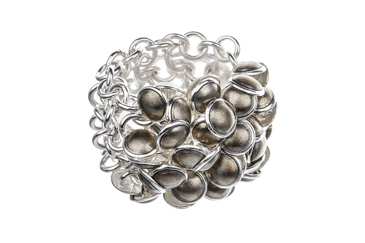 Seashell ring brown 3 row. KL003. 3250,-