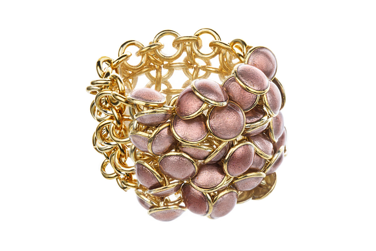 Seashell ring pink 4 row, gold plated. KL004A. 4200,-
