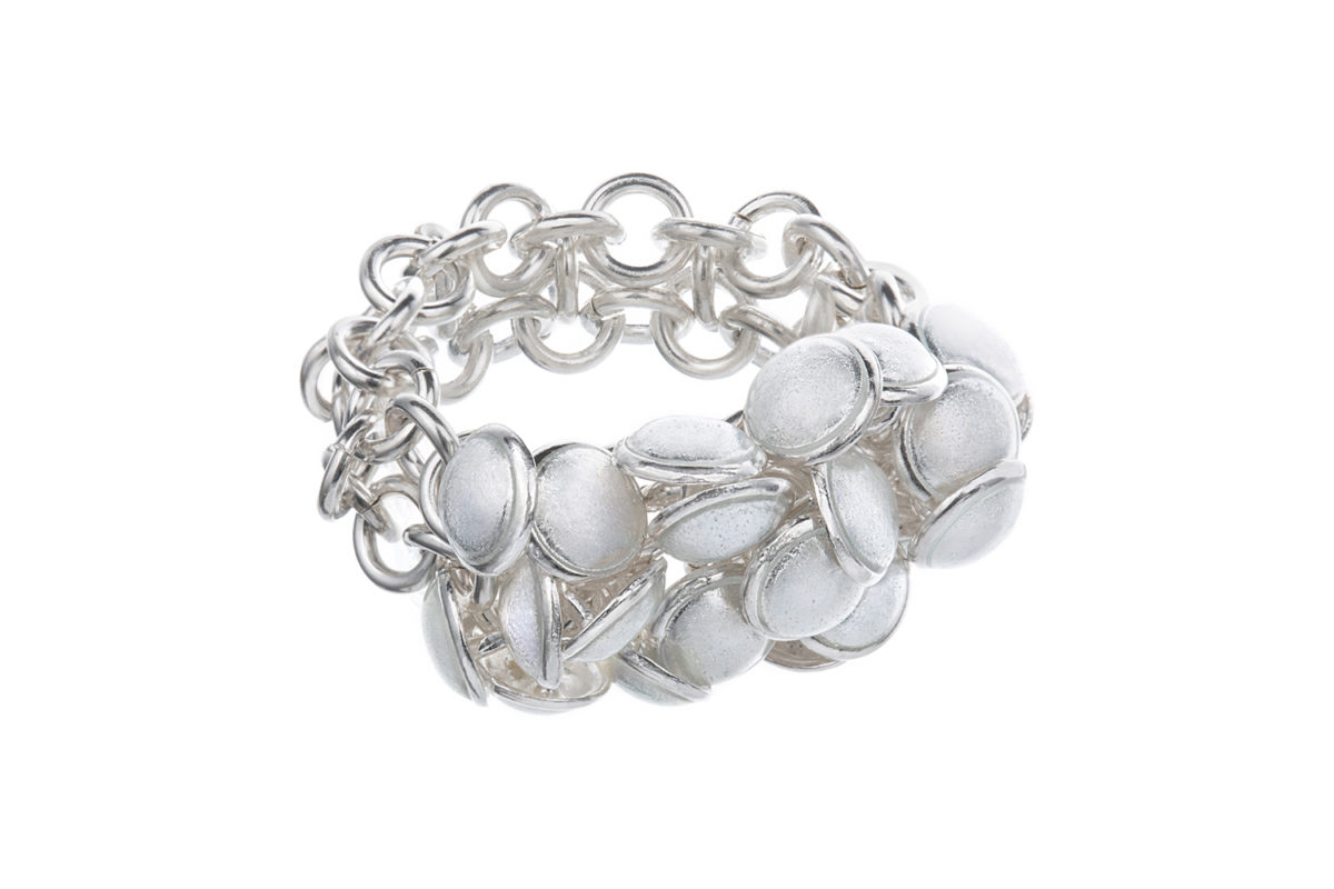 Seashell ring white 2 row. KL002. 2200,-