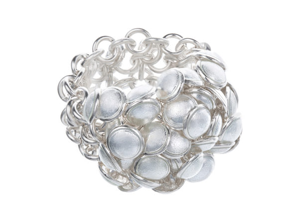 Seashell ring white 3 row. KL003. 3250,-